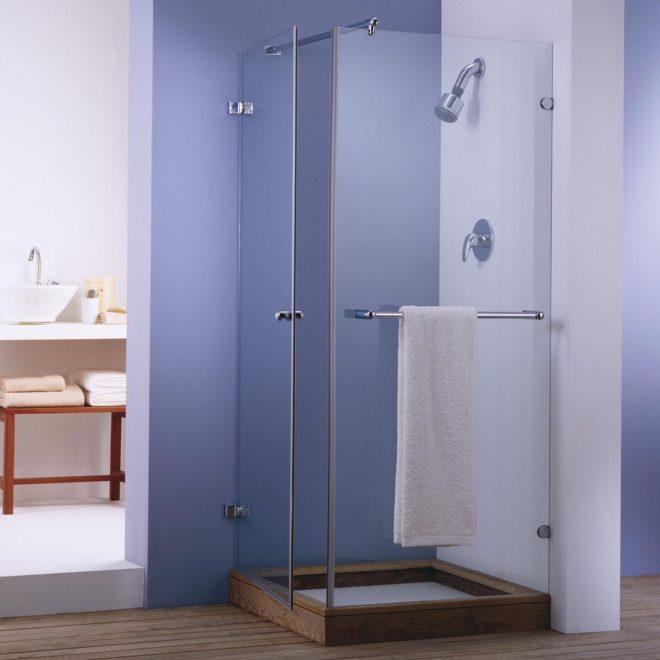 http://mampara-de-ducha-modelo-selekta-en-una-hoja-practicalbe-d100-+-un-fijo-lateral-f100-vidrio-transparente
