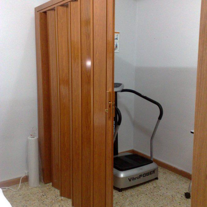 http://puerta-de-pvc-de-una-hoja-color-madera