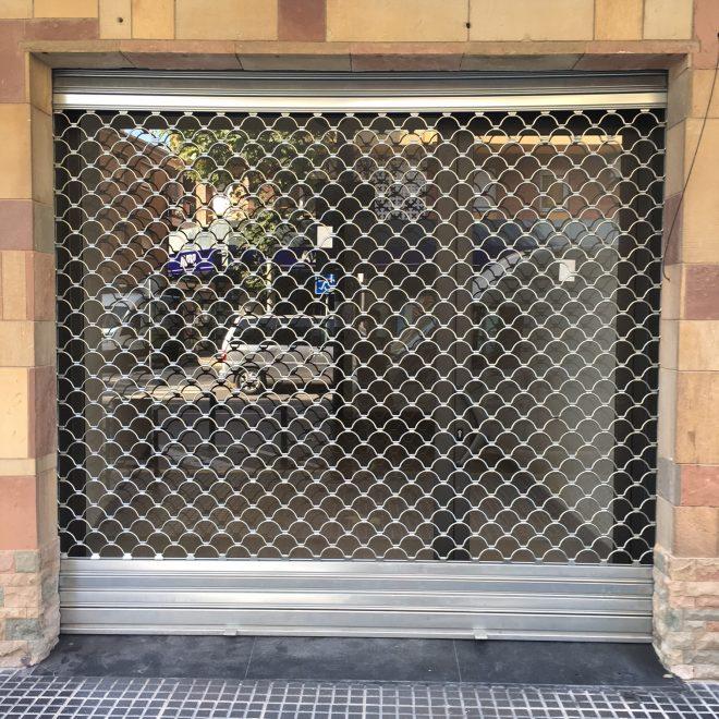 http://puerta-local